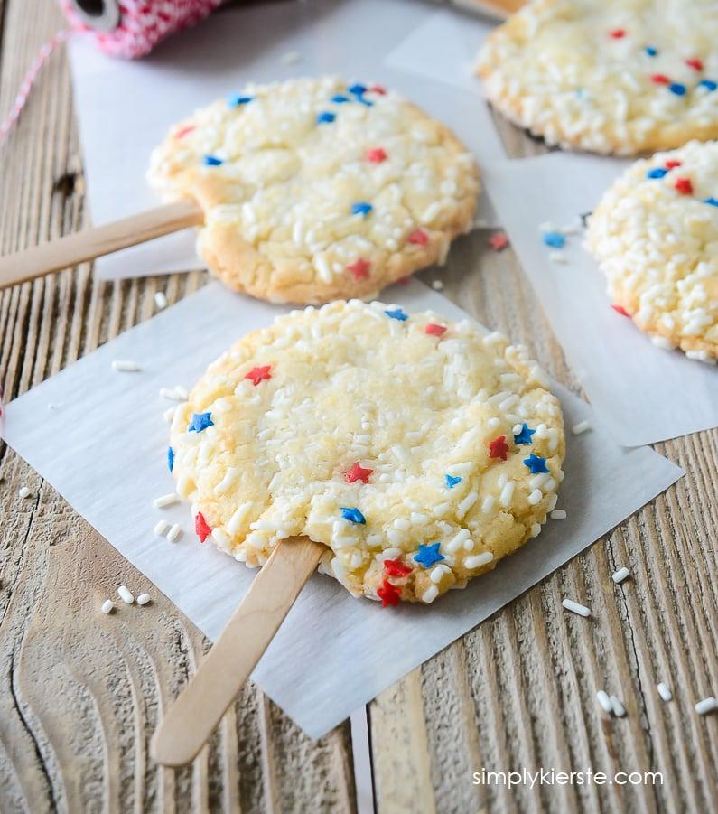 Patriotic Sprinkle Cookies | 4th of July | oldsaltfarm.com