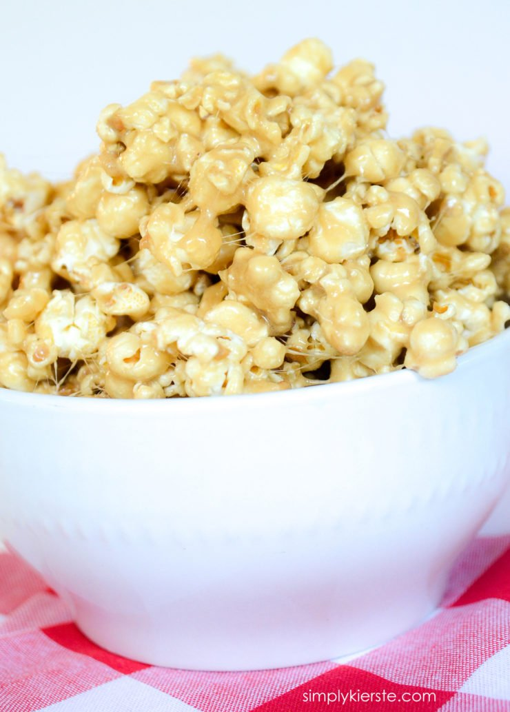Caramel Marshmallow Popcorn   simplykierste.com