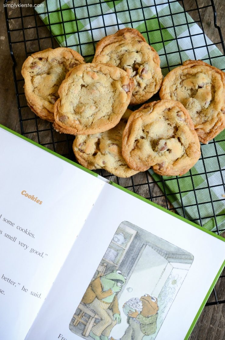 Toffee Chocolate Chip Cookies | simplykierste.com