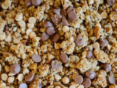 Peanut Butter Chocolate Chip Granola