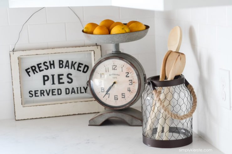 Farmhouse Kitchen Sneak Peek | simplykierste.com