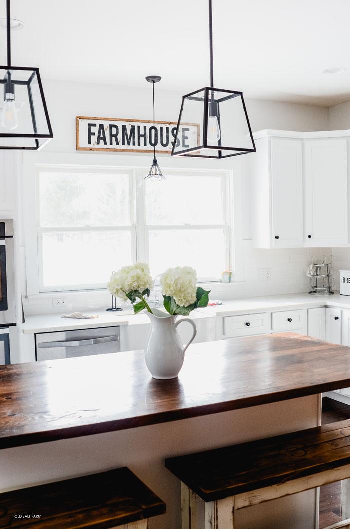 DIY Framed Wood Farmhouse Sign