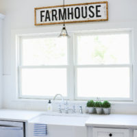 DIY Wood Framed Farmhouse Sign | simplykierste.com