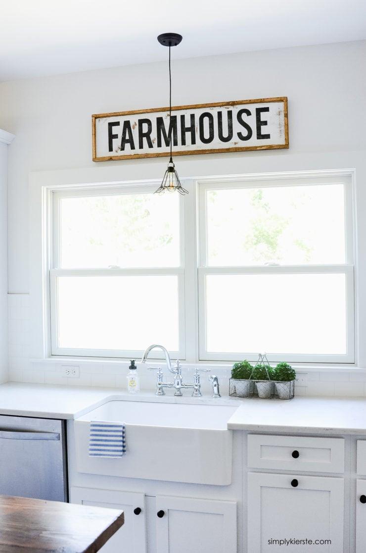 DIY Wood Framed Farmhouse Sign | oldsaltfarm.com