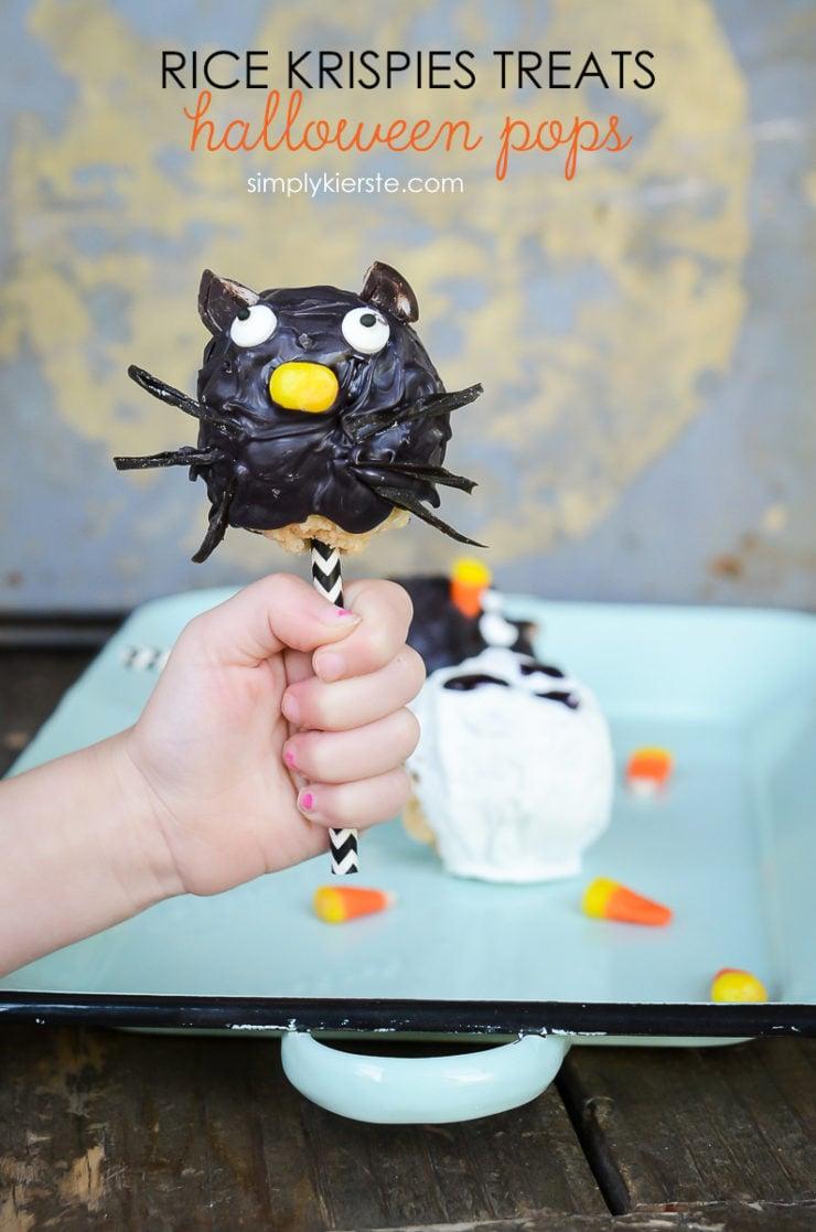 Rice Krispie Treats Halloween Pops   simply kierste.com