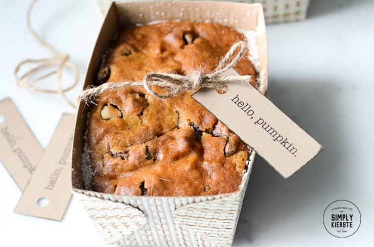 Pumpkin Bread Gift Idea | simply kierste.com