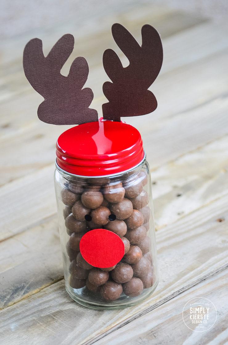 Reindeer Gift Jar | simply kierste.com