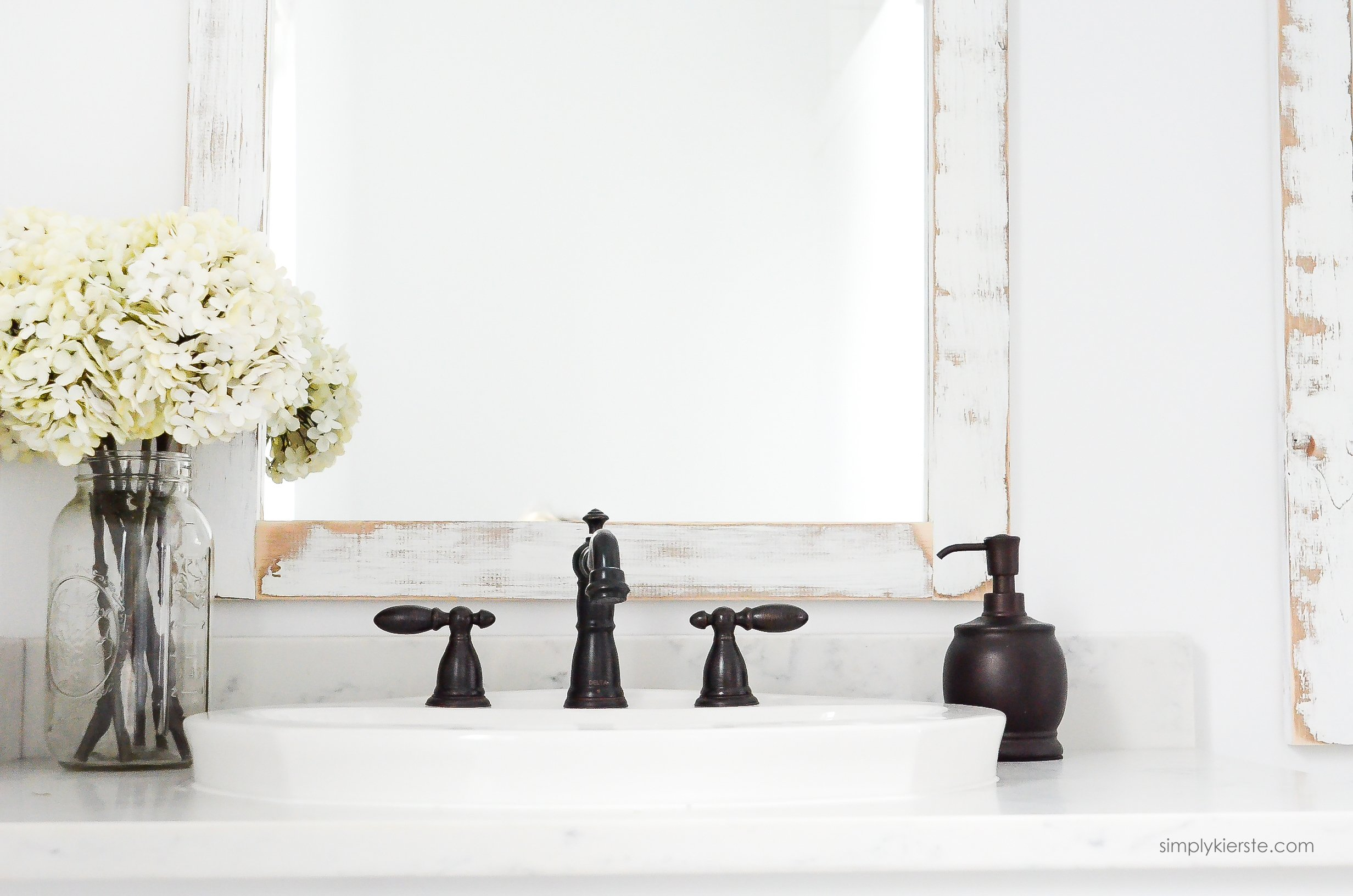 Nice Farmhouse Bathroom DIY Bathroom Mirrors simplykierste