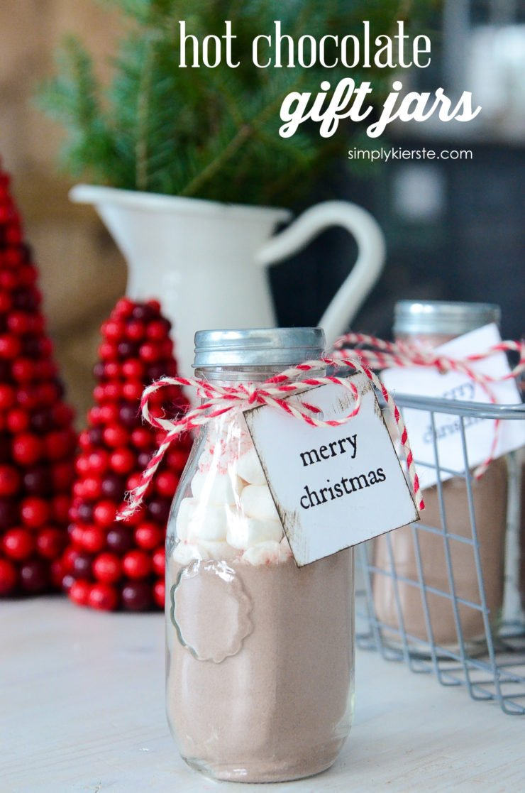 Hot Chocolate Gift Jars | simply kierste.com