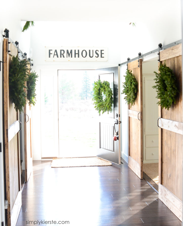 Old Salt Farm Christmas Home Tour | simplykierste.com
