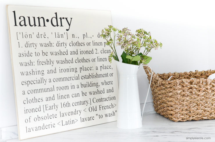 Farmhouse Laundry Room | simplykierste.com