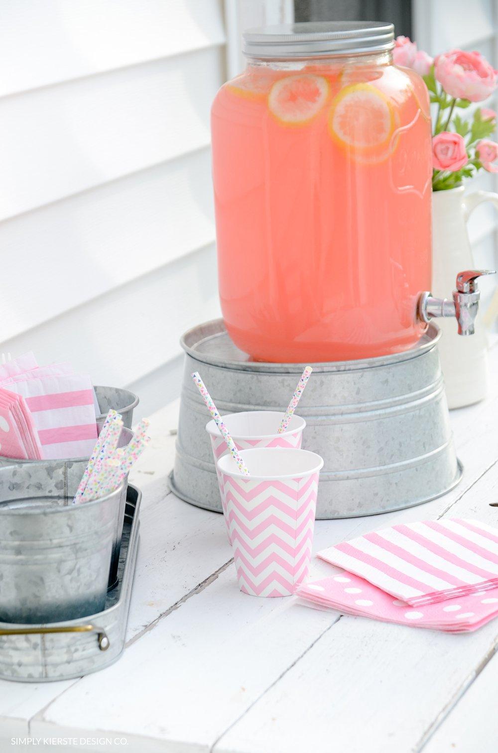 Outdoor Tween Girl Party for under $100 | simplykierste.com