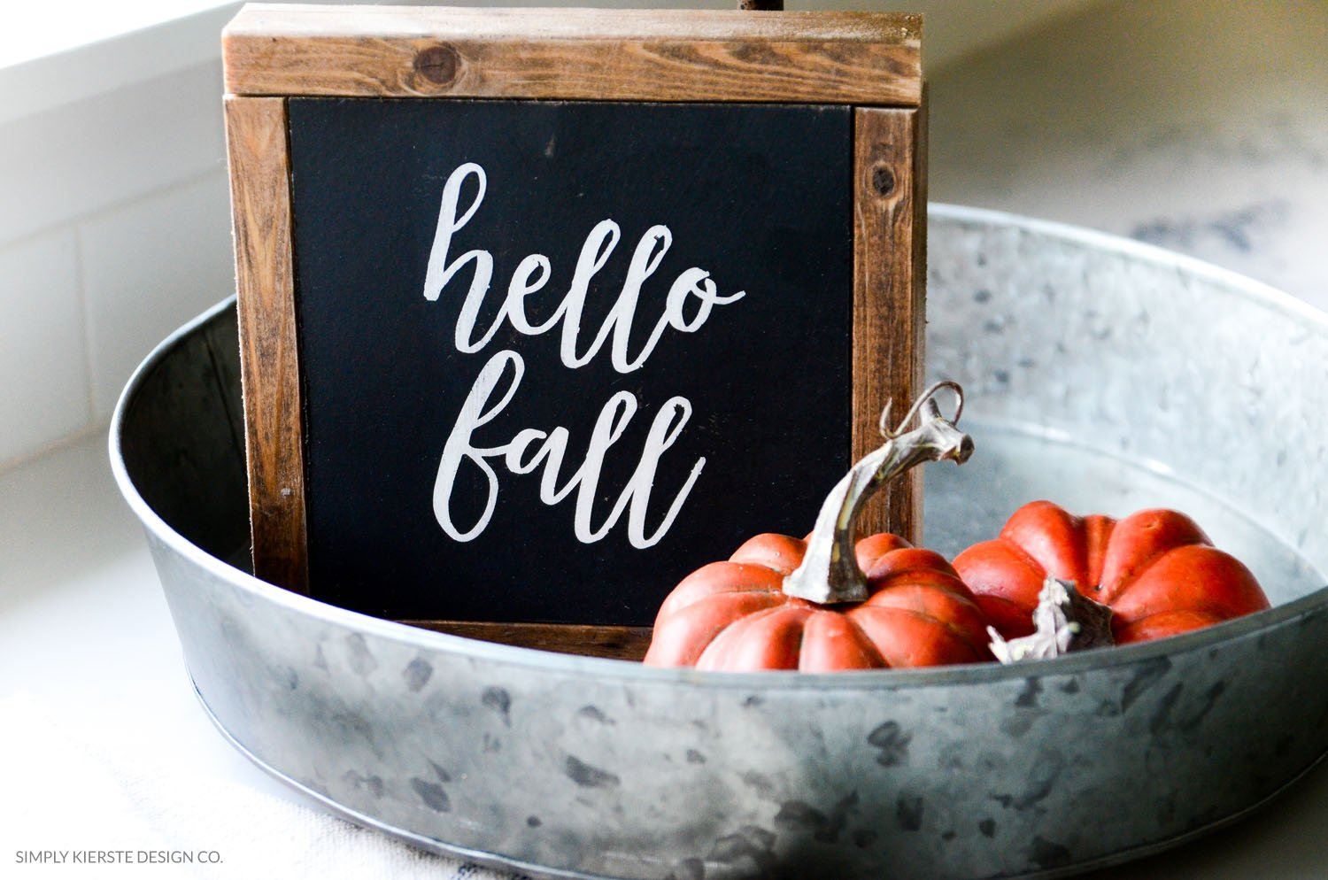 Hello Fall Wood Sign | simplykierste.com | Fall Decor | DIY