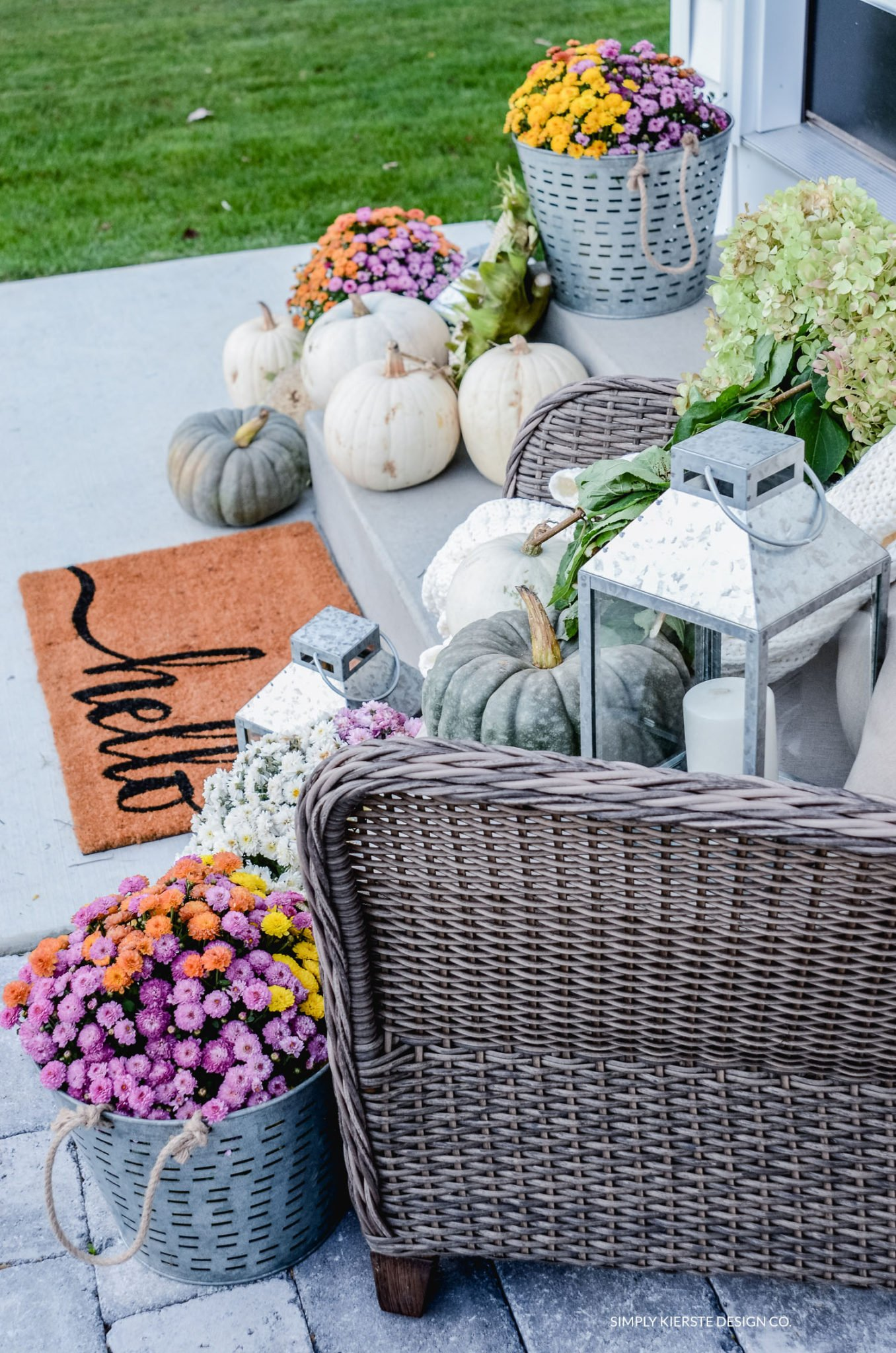 Simple Fall Porch | Better Homes & Gardens | simplykierste.com