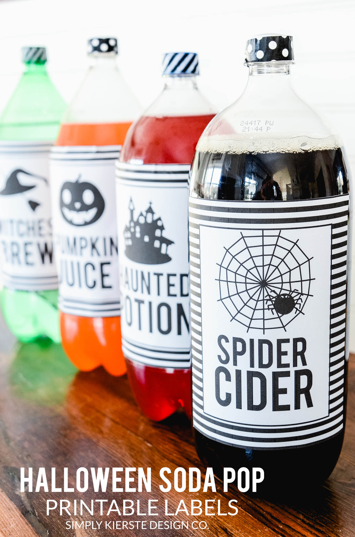 Halloween Soda Pop Labels | Free Printable | Easy Halloween Ideas | oldsaltfarm.com #halloween #easyhalloweenideas #halloweenprintables #halloweenpartyideas