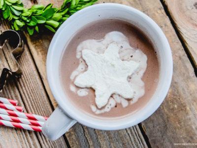 Frozen Whipped Cream Cubes | Hot Chocolate | simplykierste.com #hotchocolateideas #hotchocolatetoppings #whippedcream