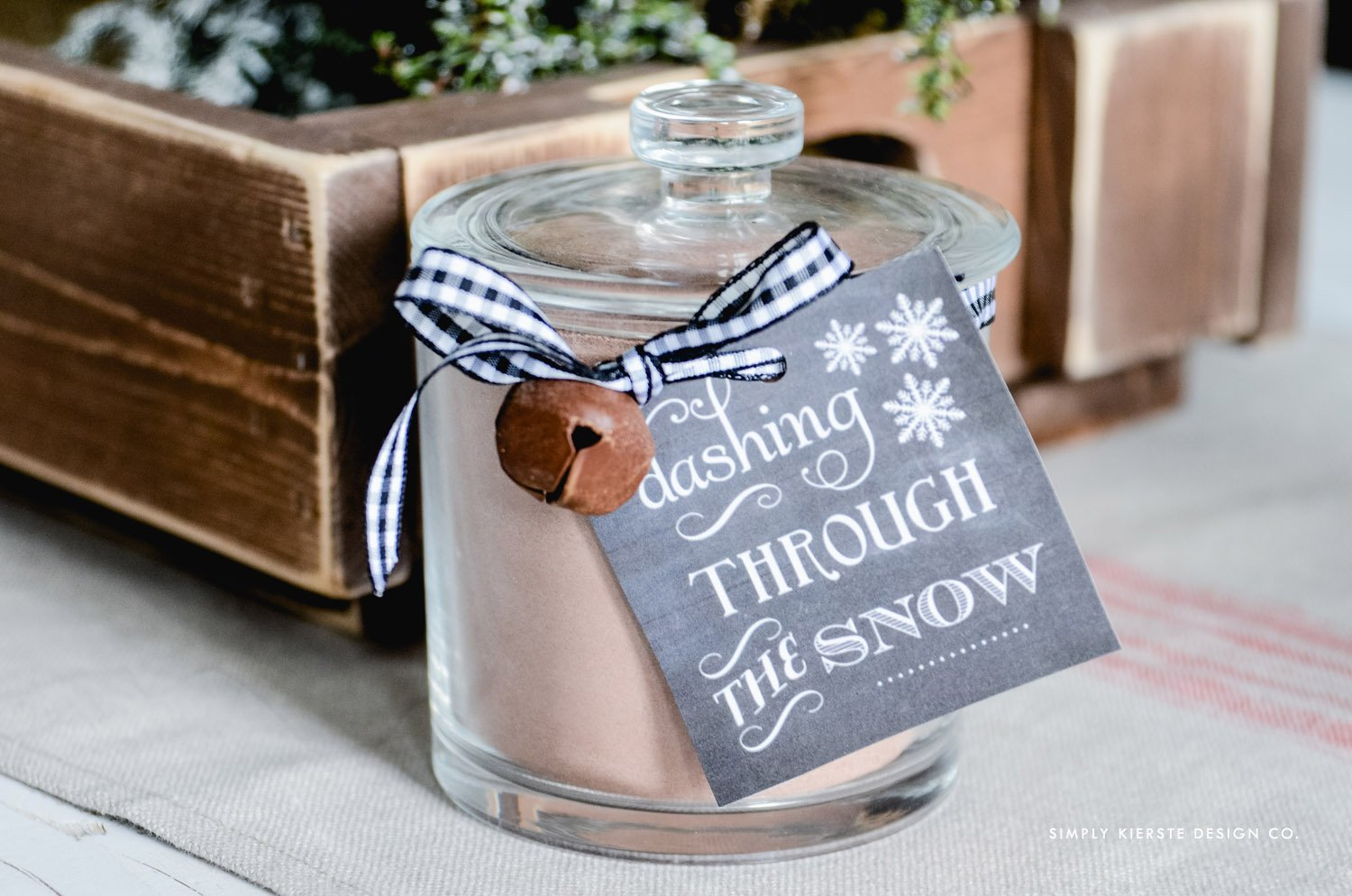Affordable Gift Ideas | Hot Chocolate Gift Jar & Tag | oldsaltfarm.com
