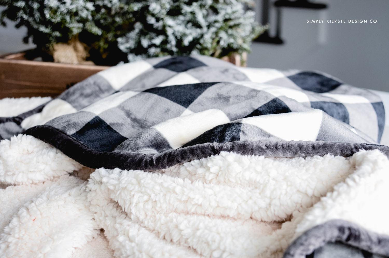 Affordable Gift Ideas | Black Buffalo Check Throw | simplykierste.com