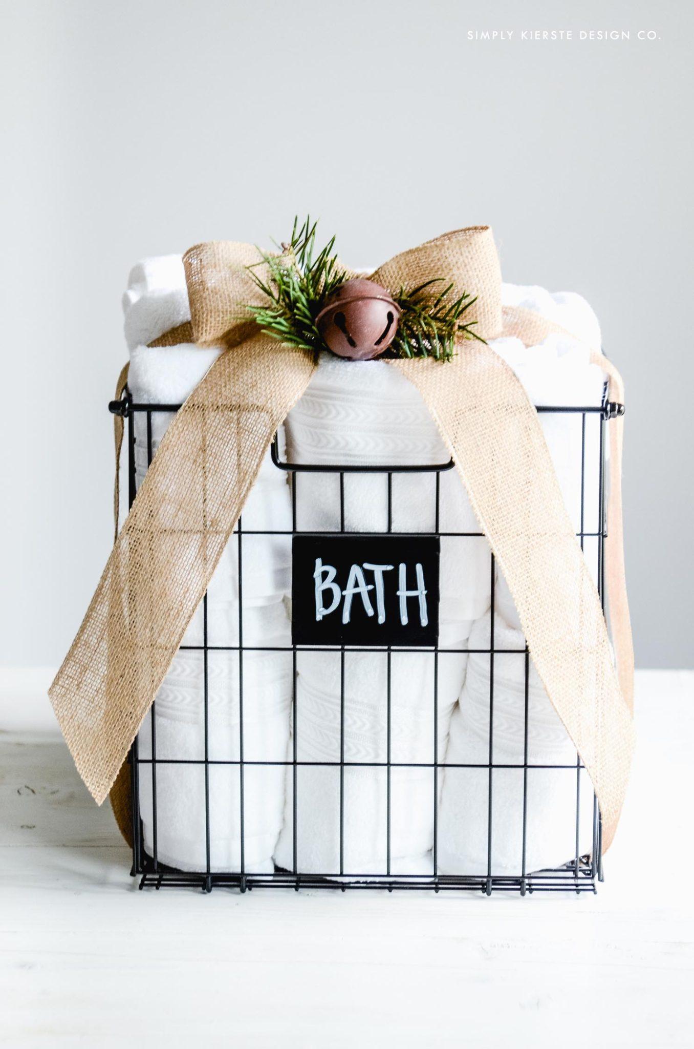 Affordable Gift Ideas | simplykierste.com #farmhousestyle #giftideasonabudget #easygiftideas