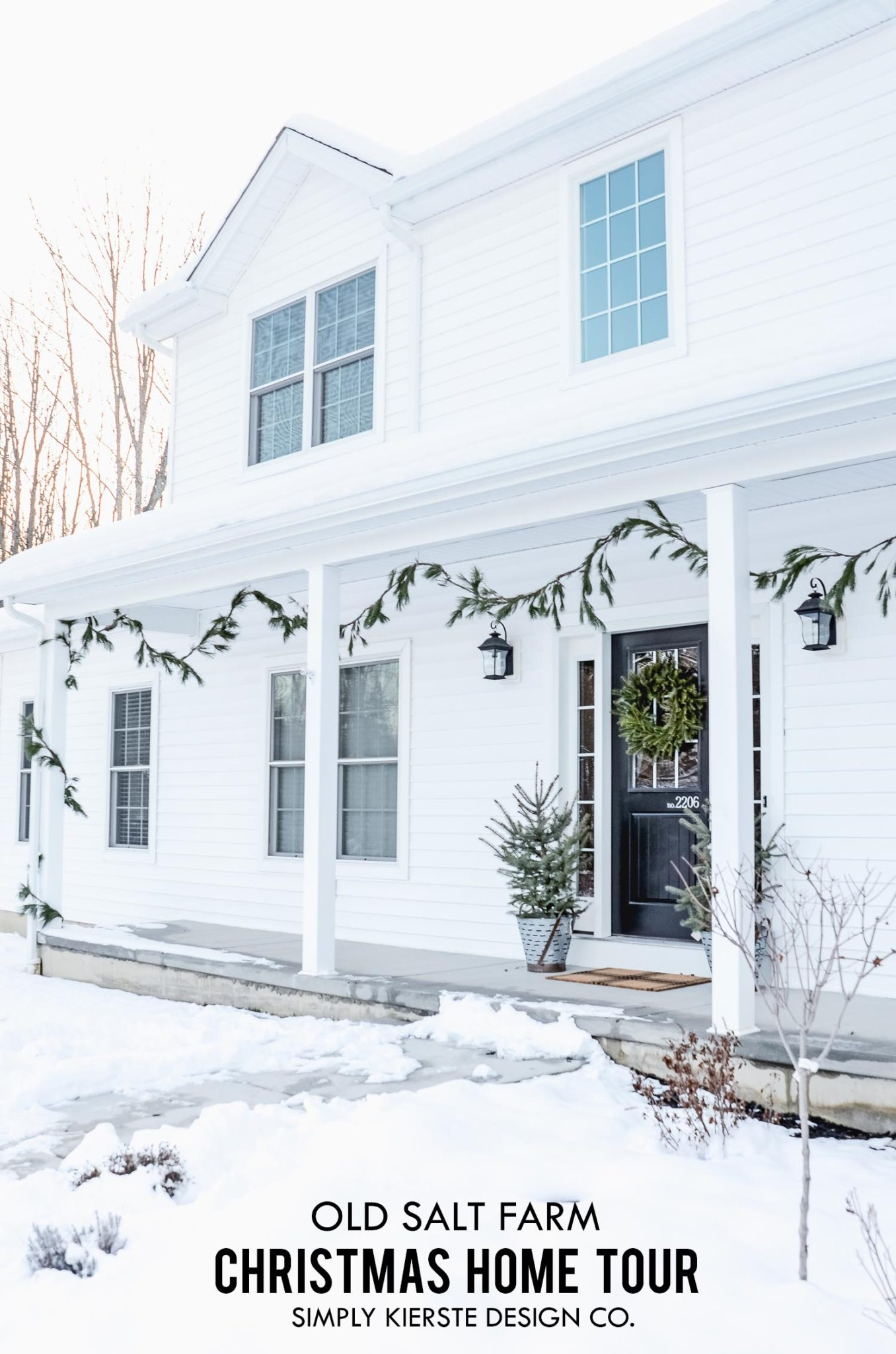 Christmas Home Tour Old Salt Farm | oldsaltfarm.com #hometour #christmashometour #christmasdecor #farmhousechristmas