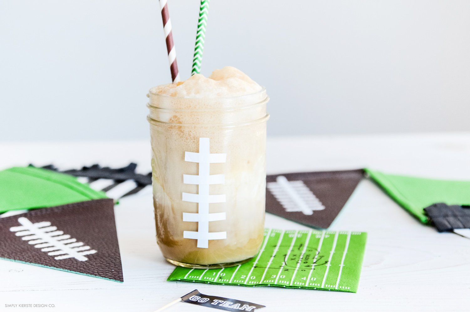 Football Root Beer Floats | Game Day Treats | simplykierste.com #footballtreats #gamedayfood #masonjarideas #rootbeerfloats