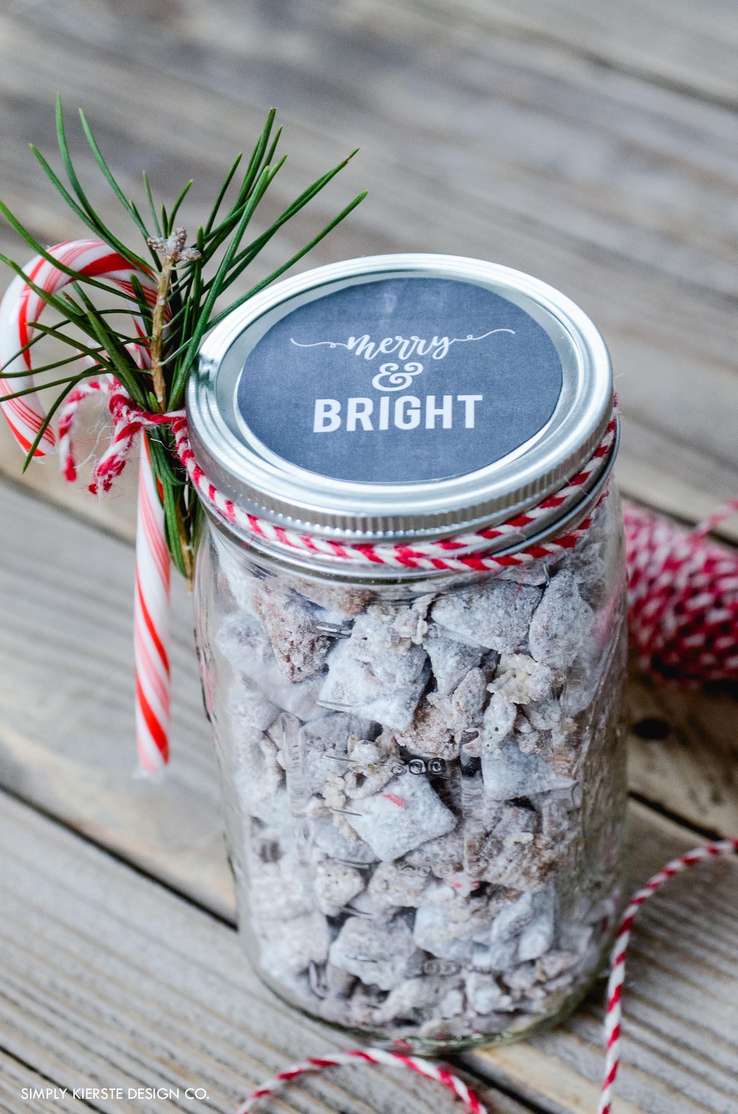 Mason Jar Christmas Gift Idea & Chalkboard Printable