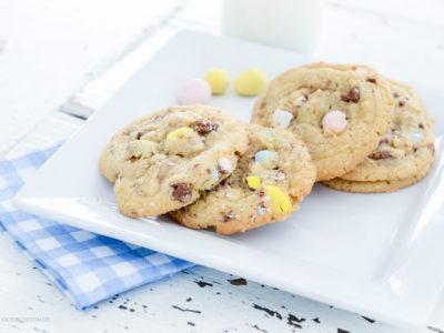 Cadbury Egg Cookies | simplykierste.com