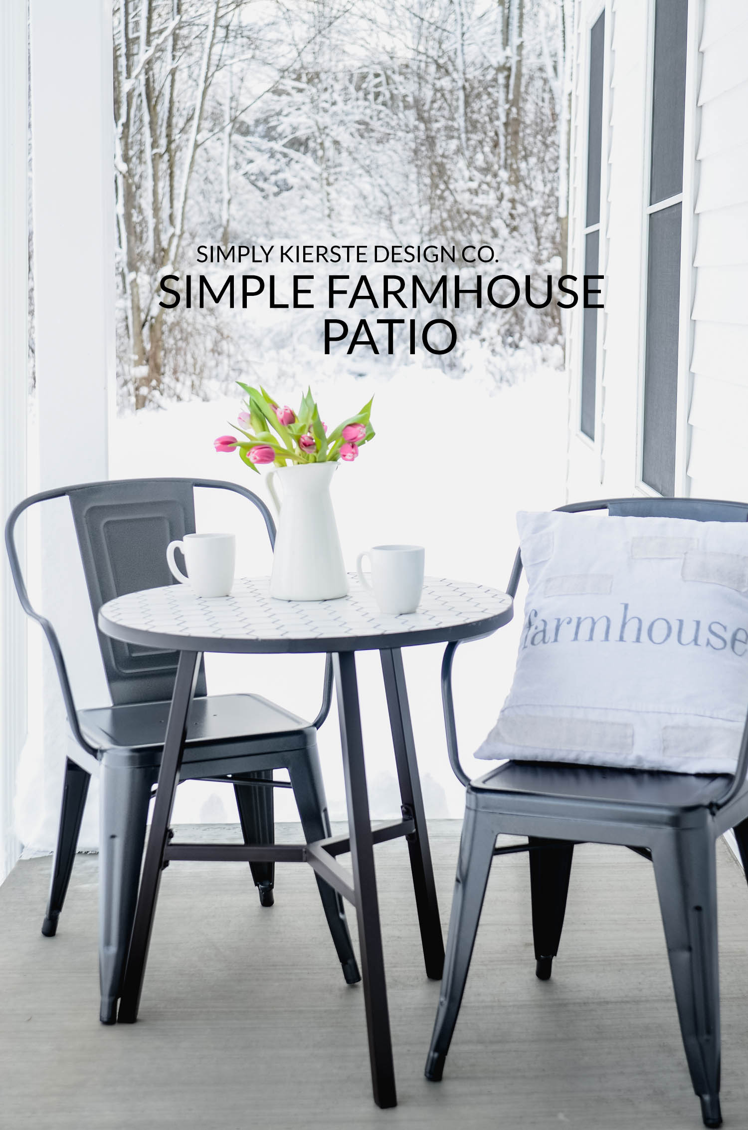 Simple Farmhouse Patio | Cozy Front Porch | simplykierste.com #farmhouse #farmhousestyle #outdoorentertaining #patiofurniture