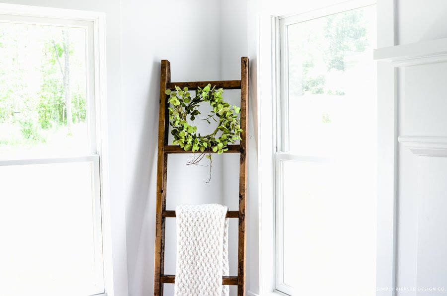 DIY Wood Blanket Ladder