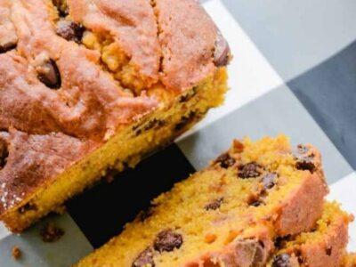 Easy Chocolate Chip Pumpkin Bread