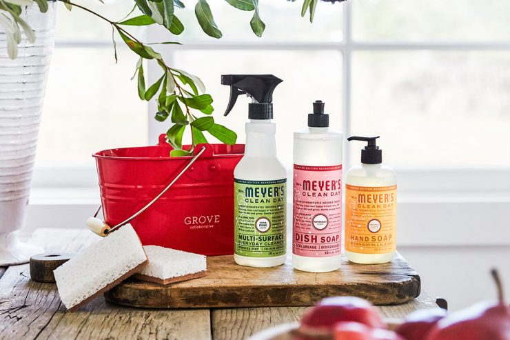 Mrs. Meyer's Holiday Scents | Grove Collaborative