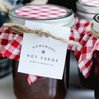 Homemade Hot Fudge | Printable Tag | Christmas Neighbor Gift