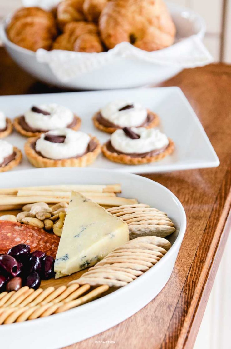 cheese-tray-brunch-menu