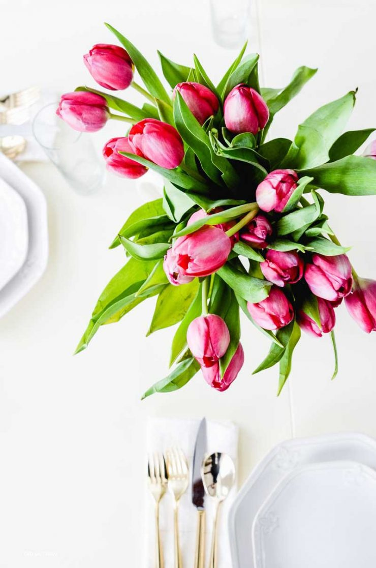 gold-flatware-fresh-tulips
