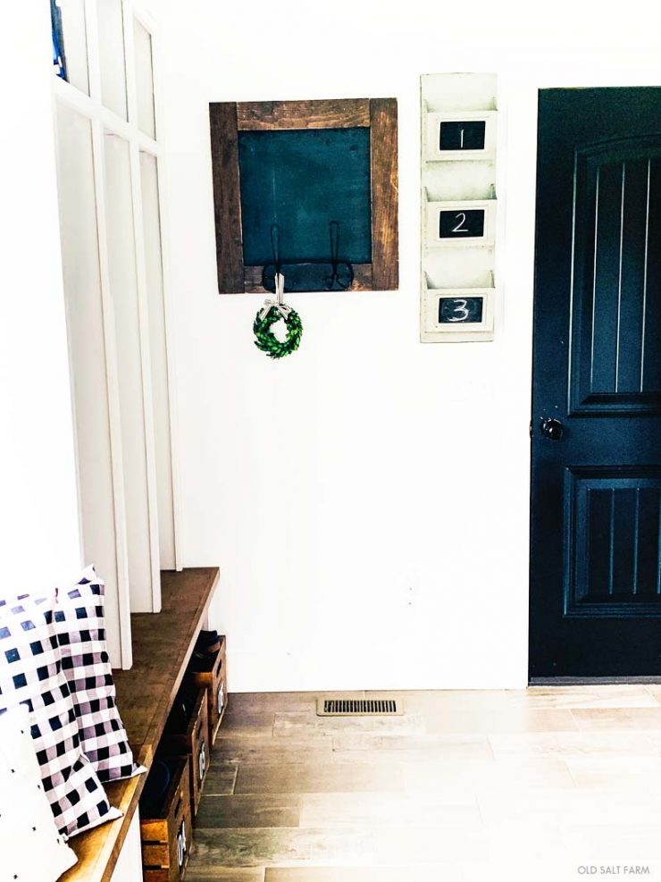 Farmhouse Decor Mudroom