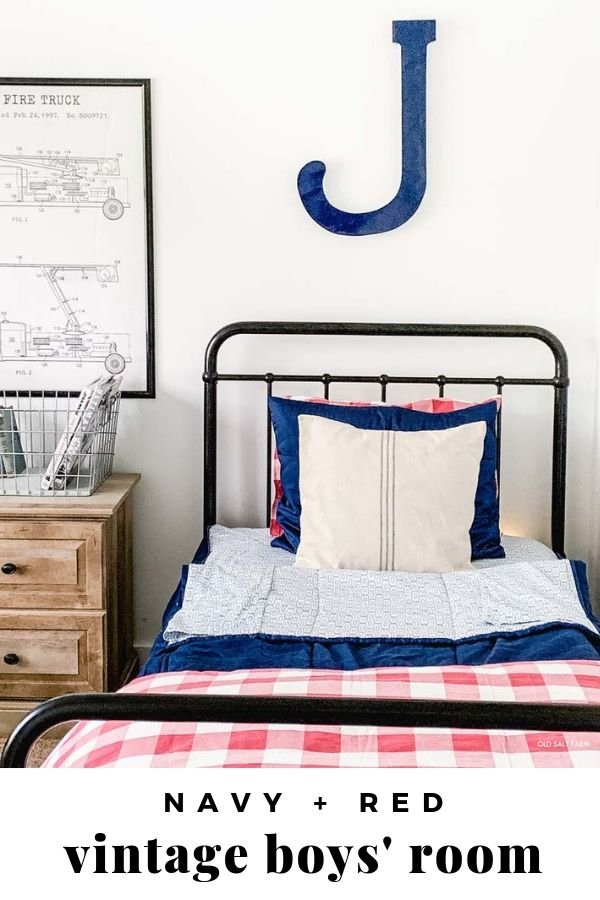 Vintage Boys' Room in Navy Red