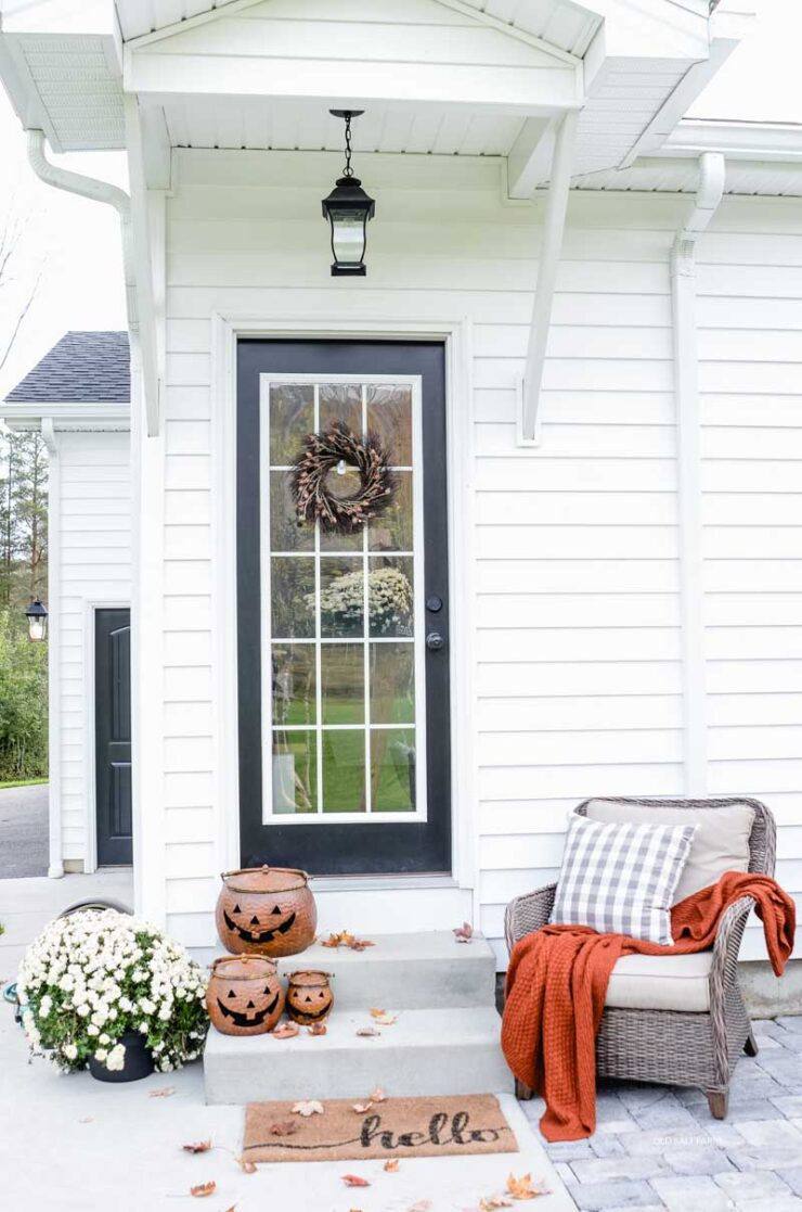Farmhouse Fall Porch Decor Ideas
