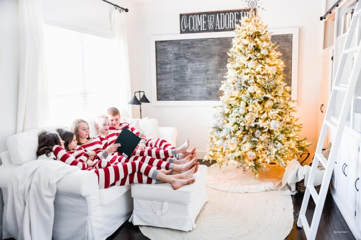Winter Wonderland Christmas Tree | 12 Bloggers of Christmas