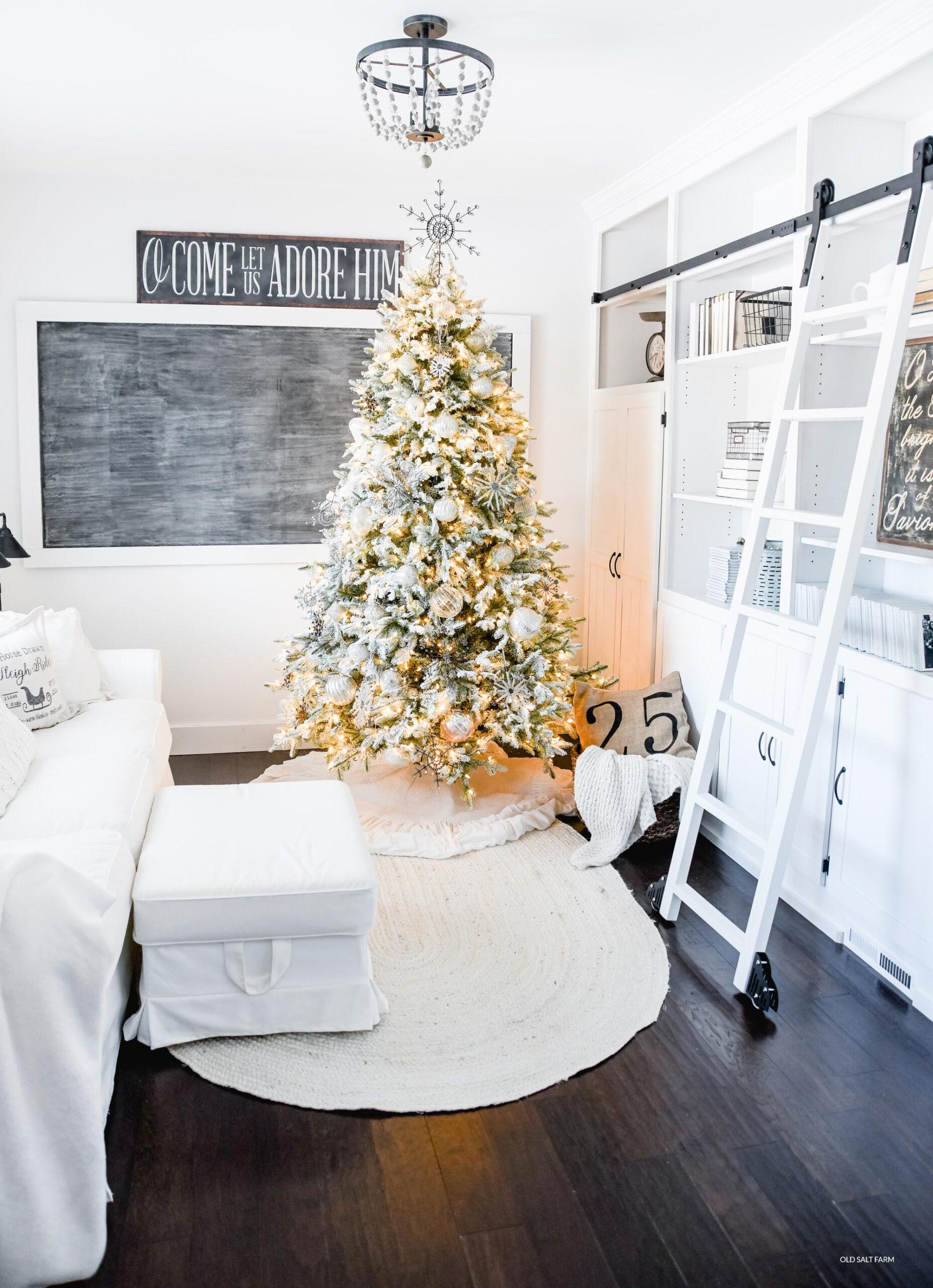 Winter Wonderland Christmas Tree by Balsam Hill